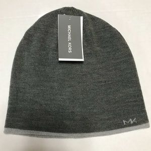 Michael Kors Light Gray Reversible Beanie - OS